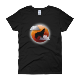 Howling At The Moon Women's Classic Fit t-shirt
